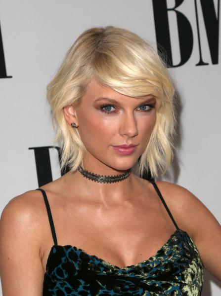 Taylor Swift - Beverly Hills - 11-05-2016 - Taylor Swift e Tom Hiddleston: ecco il bacio