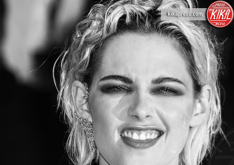 Kristen Stewart - Cannes - 17-05-2016 - Kristen Stewart finisce nella rete degli hacker