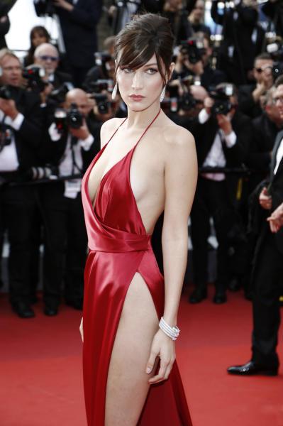 Bella Hadid - Cannes - 18-05-2016 - Da Sanremo a Venezia: non c'è Festival senza scandalo!