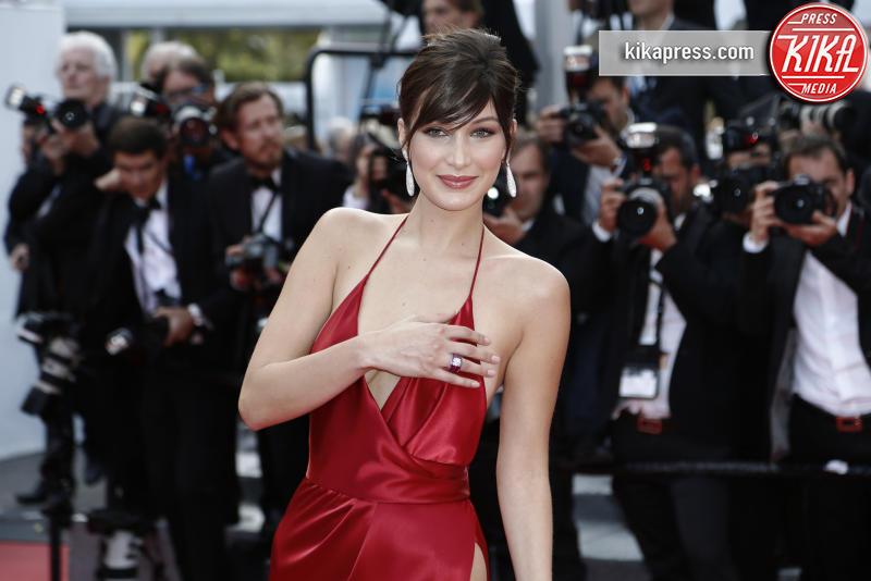 Bella Hadid - Cannes - 18-05-2016 - Separate alla nascita: Bella Hadid e Carlà!