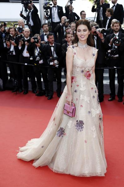 Catrinel Marlon - Cannes - 18-05-2016 - Catrinel Marlon, ecco la nuova sexy musa di Carlo Conti