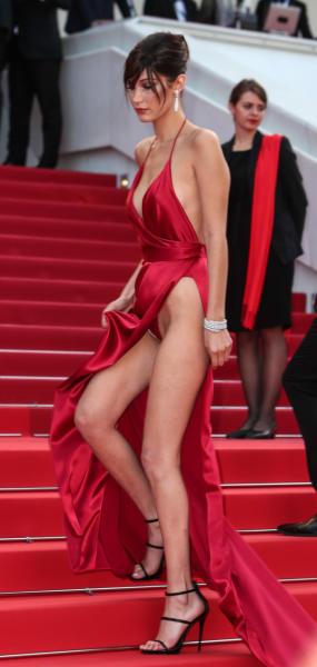 Bella Hadid - Cannes - 18-05-2016 - Da Evangeline a Irina, sul red carpet lo spacco... spacca!