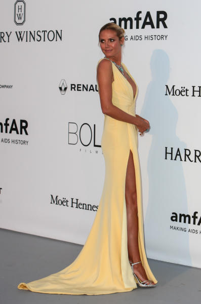 Heidi Klum - Cap D Antibes - 19-05-2016 - Alessandra Ambrosio, spacco e scollatura dominano agli amfAR