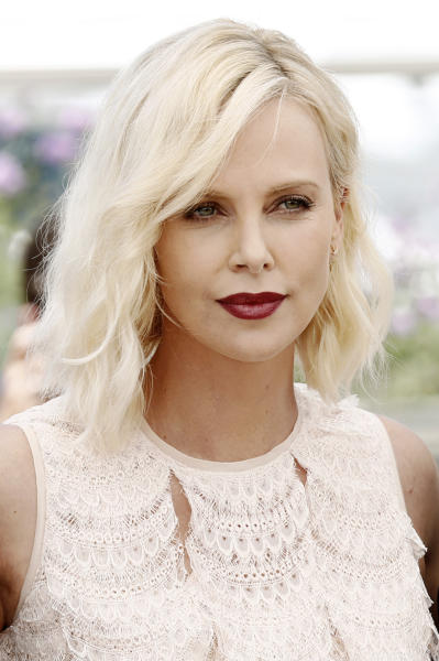 Charlize Theron - Cannes - 21-05-2016 - Il Mister X di Charlize Theron?