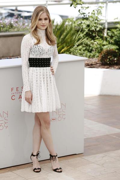 Erin Moriarty - Cannes - 22-05-2016 - Bianco o pastello, ecco il pizzo dell'estate!