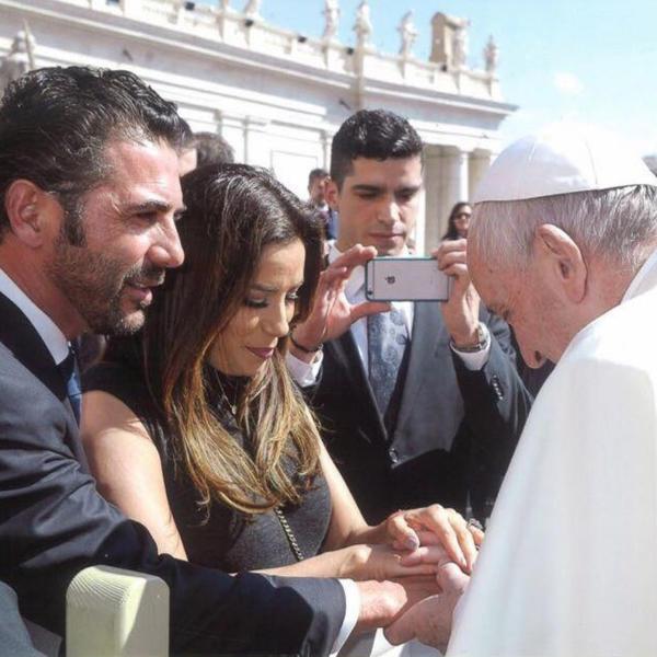 José Antonio Baston, Papa Francesco, Eva Longoria - Hollywood - 22-05-2016 - Eva Longoria, splendida 44enne: 10 cose che non sai di lei