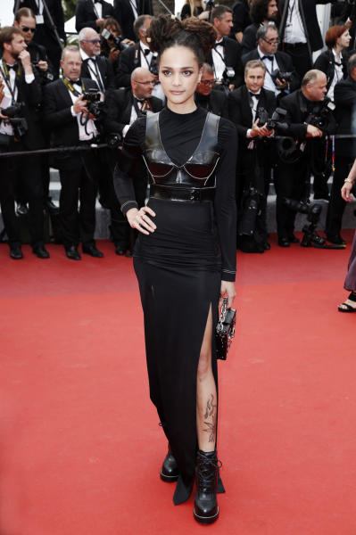 Sasha Lane - Cannes - 22-05-2016 - Chi lo indossa meglio? Selena Gomez e Sasha Lane