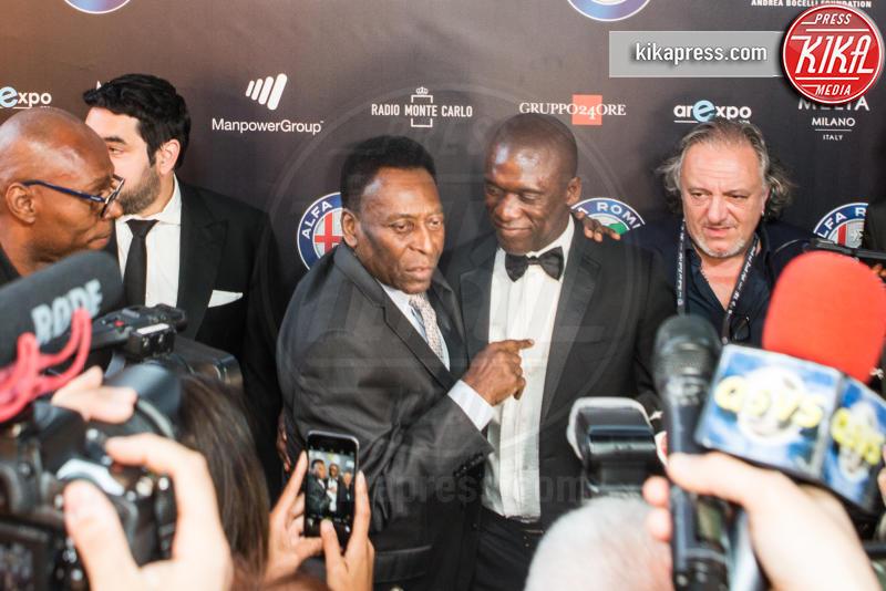 Clarence Seedorf, Pelè - Milano - 26-05-2016 - Bocelli & Zanetti Night: il calcio e la musica uniti per Haiti