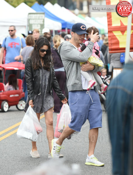 Wyatt Kutcher, Mila Kunis, Ashton Kutcher - Los Angeles - 29-05-2016 - Mila Kunis è diventata mamma per la seconda volta
