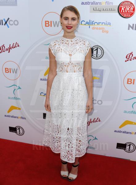 Lucy Fry - Los Angeles - 01-06-2016 - Bianco o pastello, ecco il pizzo dell'estate!