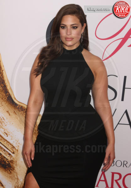 Ashley Graham - New York - 06-06-2016 - CFDA Fashion Awards 2016: un tripudio di nero e argento!