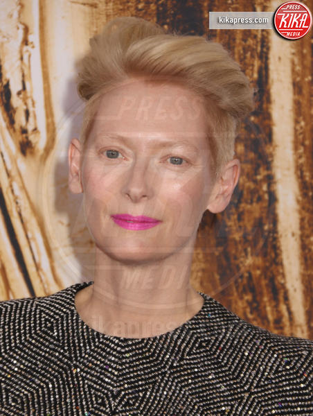 Tilda Swinton - New York - 06-06-2016 - CFDA Fashion Awards 2016: un tripudio di nero e argento!