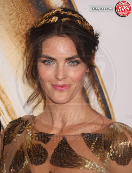 Hilary Rhoda - New York - 06-06-2016 - CFDA Fashion Awards 2016: un tripudio di nero e argento!