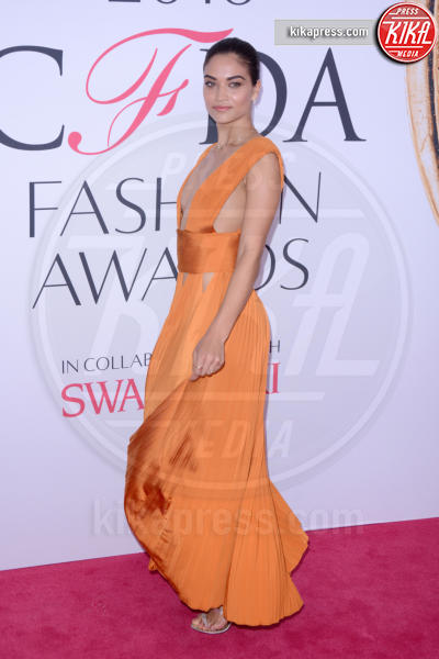 Shanina Shaik - New York - 07-06-2016 - CFDA Fashion Awards 2016: un tripudio di nero e argento!