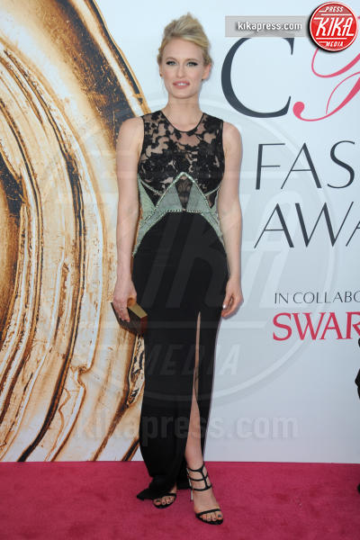 Leven Rambin - New York - 07-06-2016 - CFDA Fashion Awards 2016: un tripudio di nero e argento!