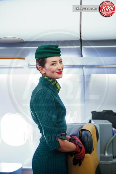 Alitalia - 26-04-2016 - Alitalia, al via le nuove divise. Ma è già polemica