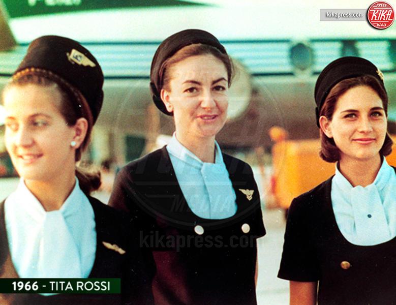 Alitalia - Alitalia, al via le nuove divise. Ma è già polemica