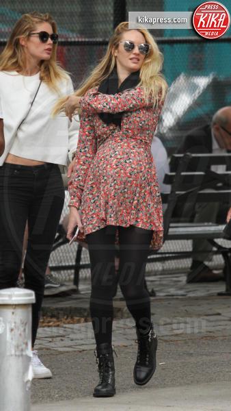 Candice Swanepoel, Doutzen Kroes - New York - 05-06-2016 - Candice Swanepoel in perfetta forma a un mese e mezzo dal parto