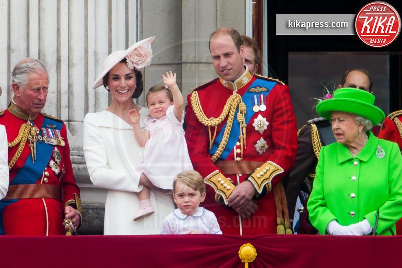 Principessa Charlotte Elizabeth Diana, Principe George, Principe Carlo d'Inghilterra, Regina Elisabetta II, Principe William, Kate Middleton - 11-06-2016 - George e Charlotte tra paggetti e damigelle: le foto più belle