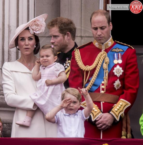 Principessa Charlotte Elizabeth Diana, Principe George, Principe Carlo d'Inghilterra, Regina Elisabetta II, Principe William, Kate Middleton, Principe Harry - Londra - 11-06-2016 -