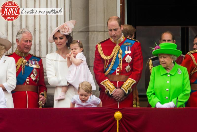 Principessa Charlotte Elizabeth Diana, Principe George, Principe Carlo d'Inghilterra, Regina Elisabetta II, Principe William, Kate Middleton, Principe Harry - 11-06-2016 - George e Charlotte tra paggetti e damigelle: le foto più belle