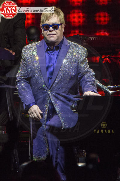 Elton John - Liverpool - 14-06-2016 - Il commovente messaggio di Elton John per la morte della mamma
