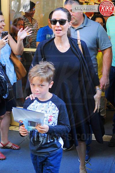Knox Leon Jolie Pitt, Angelina Jolie - New York - 18-06-2016 - Angelina Jolie, la verità sul divorzio e i problemi di salute