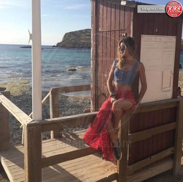 Eleonora Pedron - Capri - 21-06-2016 - Bikini hot e vacanze: Cecilia Capriotti, così non c'è gara!