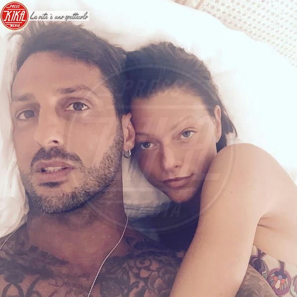 Silvia Provvedi, Fabrizio Corona - Milano - 23-06-2016 - Corona-Gue Pequeno: le Donatella calano la doppia coppia