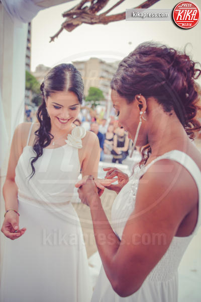 Matrimonio arcobaleno - Lignano Sabbiadoro - 27-06-2016 - Le nozze gay nella cornice di Lignano Sabbiadoro sono ora realtà