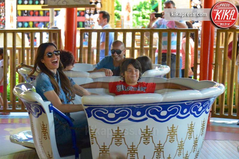 Nathan Falco Briatore, Elisabetta Gregoraci - Castelnuovo di Gardal - 27-06-2016 - Elisabetta Gregoraci e Nathan Falco: che divertimento Gardaland
