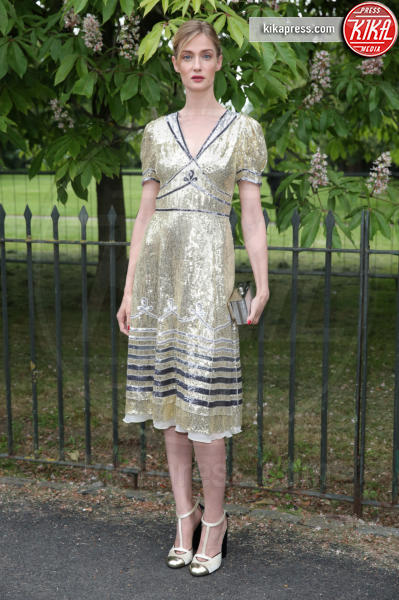 Eva Riccobono - Londra - 06-07-2016 - Natale e Capodanno: a ciascuna la sua forma e... il suo abito!