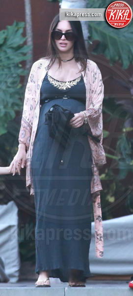 Megan Fox - Malibu - 07-07-2016 - Megan Fox, manca poco e si cala il tris!