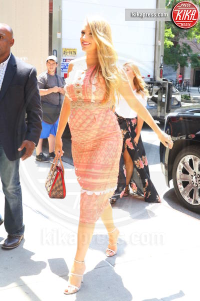 Blake Lively - New York - 12-07-2016 - Blake Lively, come essere belle incinta