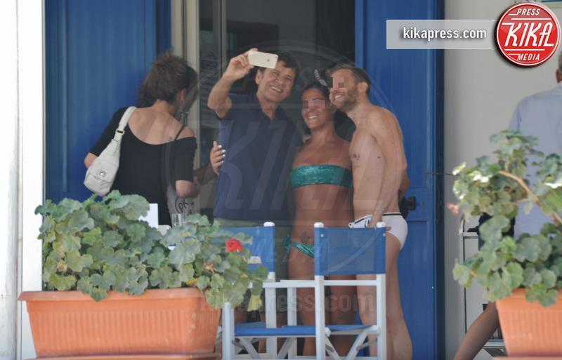 Gianni Morandi - Gallipoli - 17-07-2016 - Gianni Morandi e Anna Dan innamorati come il primo giorno