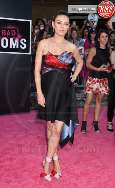 Mila Kunis - Westwood - 26-07-2016 - Mila Kunis incinta guida le Bad Moms di Hollywood