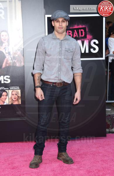 Ryan Guzman - Westwood - 26-07-2016 - Mila Kunis incinta guida le Bad Moms di Hollywood