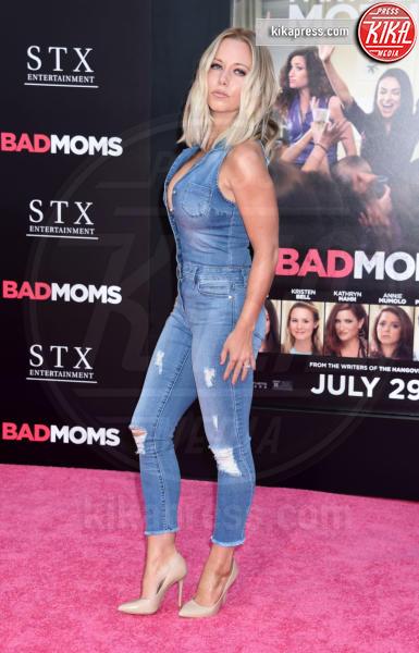 Kendra Wilkinson - Westwood - 26-07-2016 - Mila Kunis incinta guida le Bad Moms di Hollywood