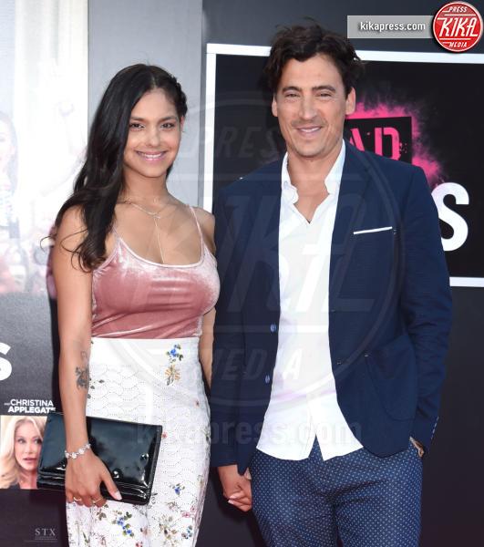 Arista Ilona, Andrew Keegan - Westwood - 26-07-2016 - Mila Kunis incinta guida le Bad Moms di Hollywood
