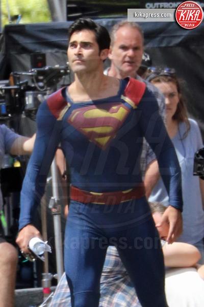 Tyler Hoechlin - Vancouver - 29-07-2016 - Supergirl: ecco le prime foto dal set della seconda stagione