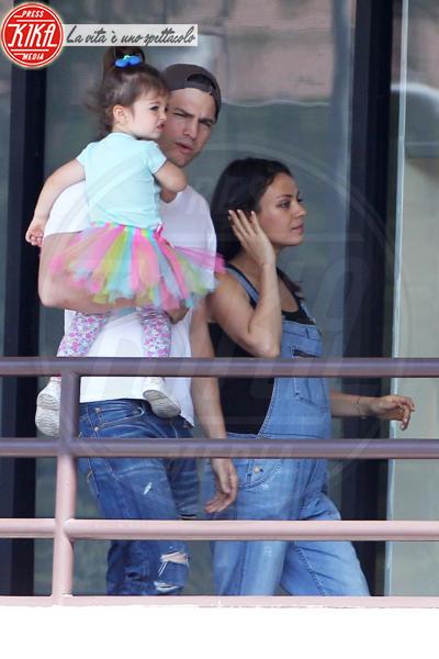 Wyatt Isabelle Kutcher, Mila Kunis, Ashton Kutcher - Los Angeles - 29-07-2016 - Mila Kunis è diventata mamma per la seconda volta