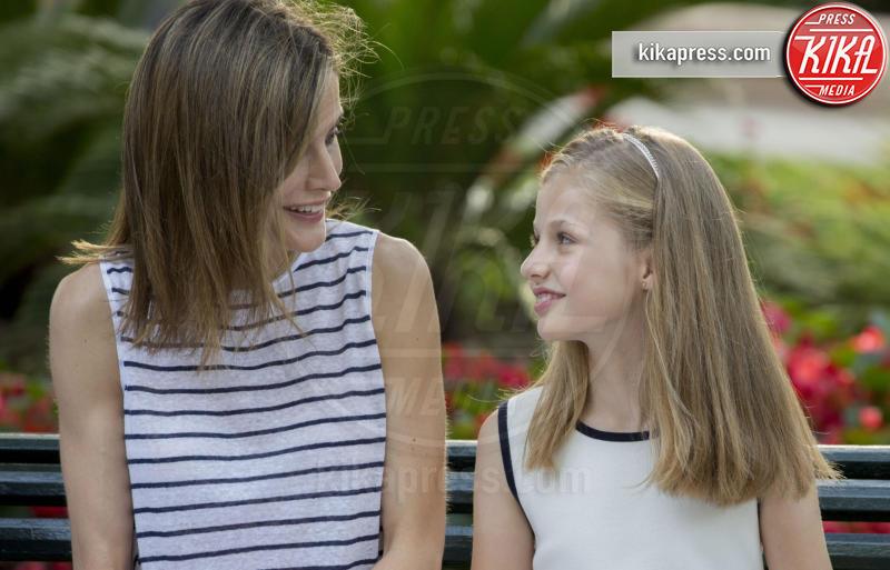 Principessa Leonor di Borbone, Letizia Ortiz - Palma de Mallorca - 04-08-2016 - Felipe e Letizia di Borbone, ritratto di famiglia (reale)