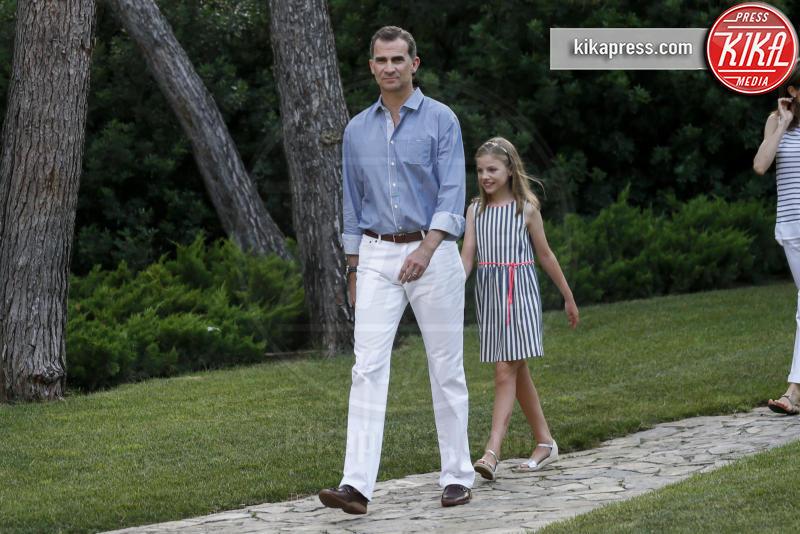Re Felipe di Borbone, Principessa Sofia - Madrid - 04-08-2016 - Felipe e Letizia di Borbone, ritratto di famiglia (reale)