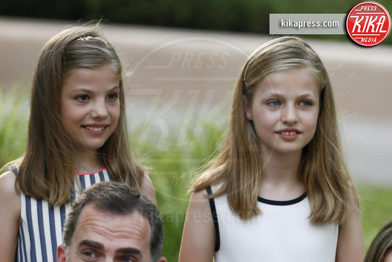 Principessa Leonor di Borbone, Principessa Sofia, Letizia Ortiz - Madrid - 04-08-2016 - Felipe e Letizia di Borbone, ritratto di famiglia (reale)