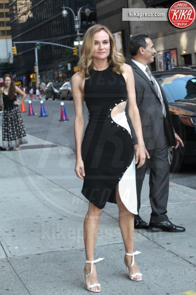 Diane Kruger - New York - 04-08-2016 - Chi lo indossa meglio? Gisele Bundchen e Diane Kruger