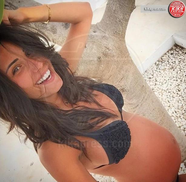 Federica Nargi - Los Angeles - 09-08-2016 - Sono incinta! Quando l'annuncio è social