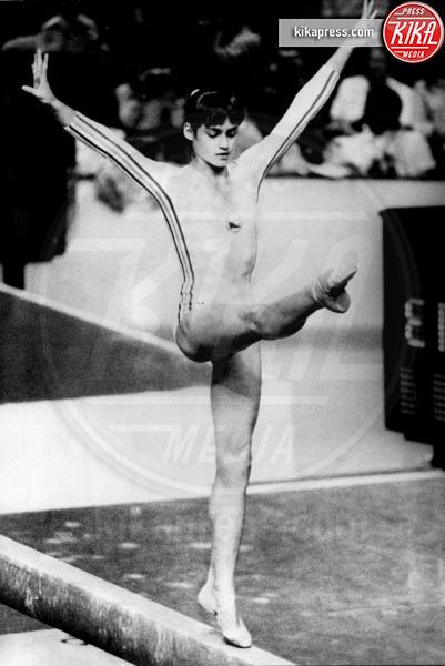 Nadia Comaneci - MONTREAL - 23-07-1976 - Simone Biles: