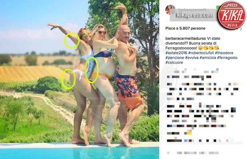 Theodora Bugel, Roberto Ciufoli, Barbara D'Urso - 18-08-2016 - Orrori da Photoshop! Chiara Nasti ne esce con eleganza