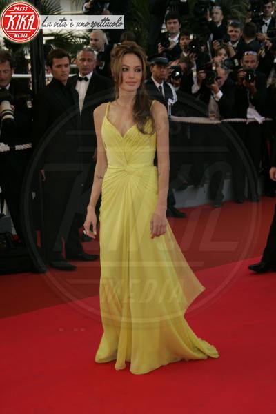 Angelina Jolie - Cannes - 25-05-2007 - Angelina Jolie e le (rarissime) volte che ha scelto il colore