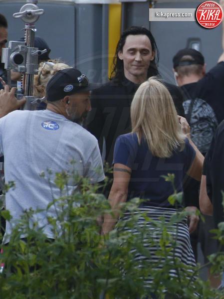 Tom Hiddleston - Brisbane - 22-08-2017 - Hemsworth-Hiddleston, le prime foto sul set di Ragnarok